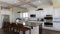 See more of this gorgeous Arizona kitchen...