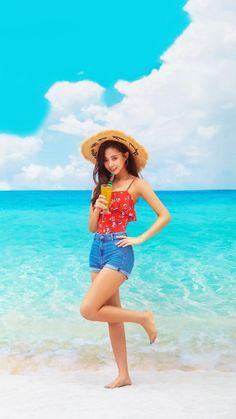 Twice Tzuyu Summer Nights J Pop, South Korean Girls, Korean Girl Groups, Snsd, Tzuyu Body, Twice Tzuyu, Twice Album, Chou Tzu Yu, Jihyo Twice