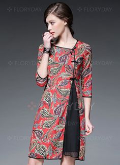 Ideas for a asian inspired tunic.Red Paisley Crew Neck Half sleeve A-line Vintage Asymmetric Chiffon Midi Dress Simple Dresses, Beautiful Dresses, Vintage Midi Dresses, Batik Fashion, Batik Dress, Mode Inspiration, Mode Style, Dress Patterns, African Fashion