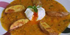Hokkaidó omáčka s pošírovaným vajíčkom a pečenými zemiakmi - Tinkine recepty Thai Red Curry, Ethnic Recipes, Food, Meal, Essen, Hoods, Meals, Eten