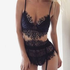 http://dingox.com Lacy little Sundays in the Penelope set  #ForLoveAndLemons #DownToYourSKIVVIES                                                                                                                                                      Más