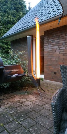Feuerstelle garten Pellet torch does anyone already have one? Stove Fireplace, Fireplace Design, Outdoor Fire, Outdoor Living, Outdoor Stove, Rocket Stove Design, Cob Building, Pellet Stove, Fire Pit Designs