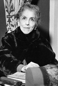 Karen Blixen - Karen von Blixen-Finecke, née Karen Christenze Dinesen, was a Danish author also known by her pen name Isak Dinesen - Author of 'Out of Africa' - Published A marvelous storyteller Karen Blixen, Teaching Literature, Writers And Poets, Out Of Africa, Denmark, Storytelling, Babette's Feast, Beatrix Potter, Photos