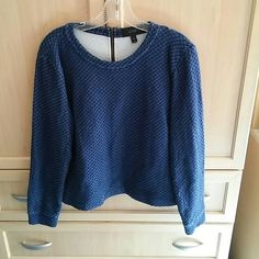 🎀Zipper back navy sweater j. Crew top final cut✂️ Medium size J. crew medium size navy with zipper back 100% cotton sweater -reduced ✂️🎀☺ 🎀save🛍💲💲 10% off bundles - 🛍About bundles🛍: Bundles are individual listings that include multiple items from my closet and are sold to one buyer (so you only have to hit the buy button and pay for shipping once). Saving you 💲💲💲🎀 J. Crew Sweaters Crew & Scoop Necks