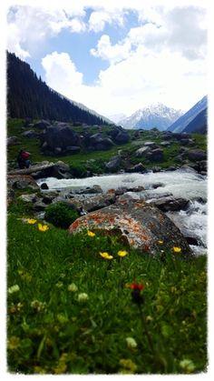 Valley at Altyn Arashan. Photo courtesy of Uyacha Ecolodge.
