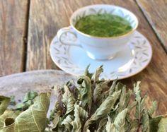 Fig Leaf Tea - Garden Variety Life Herbal Remedies, Home Remedies, Health Remedies, Fig Leaf Tea, Wine Leaves, Fig Recipes, Drink Recipes, Tea Benefits, Health