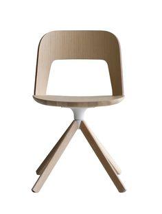 Anzeige: Arco Stuhl S211 von #LaPalma  ab 658,00 € Höchster Komfort, Flexibilität und schlichte Eleganz. Das ist der Anspruch des neuen Produkts ARCO, das Lapalma am Salone del Mobile 2016 präsentiert. Dieser vielseitig einsetzbare Stuhl wurde von Francesco Rota, dem künstlerischen Leiter der Firma, entworfen. Charakterisch ist für ihn die Rückenlehne aus gebogenem Holz, die halbkreisförmig die Sitzfläche umfasst und beinahe mit ihr zu verschmelzen scheint, sodass optisch eine Kontinuität…