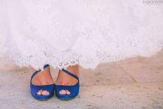 Νυφικα παπουτσια με χρωμα... μπλε - MyWeddingStar.gr - Γαμος   Ιδεες   Νυφικά   Στολισμος   Δεξιωση   Περιοδικο γαμου  Gamos