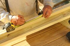 I want to add charm and character to my home. I found this tutorial on building flat sawn baluster railings. Looks super easy to do. Porch Railing Designs, Front Porch Railings, Porch Over Garage, Build Your Own, Bamboo Cutting Board, Super Easy, Building, Flat, Decks