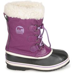 This waterproof boot for kids from @sorelfootwear is just like mum and dad's, with vulcanized rubber and insultation up to -32°C! #shoes #boots #childrens #kids #snowboots #girlsboots #winter #fashion #uk