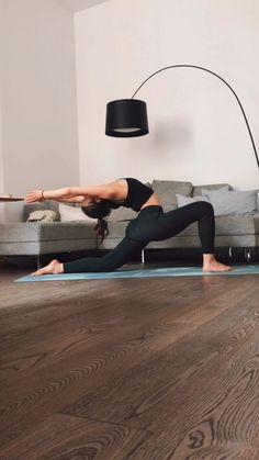 yoga posses with names   yoga yoga video und yoga pilates