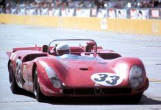 Toine Hezemans in the Alfa Romeo 33/3.