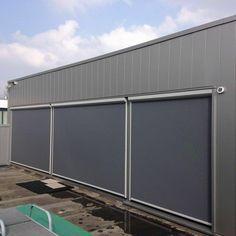 Ritsscreen geplaatst in fabriek. #zipscreen #opmaat #trend  #kwaliteit #zichtvenster #discount #jvszonwering