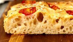 Φοκάτσια με ντοματίνια από τον Chef Αναστάσιο Ανδριώτη Biscotti, Bread, Food, Brot, Essen, Baking, Meals, Breads, Buns