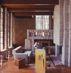 Frank Lloyd Wright Storer House