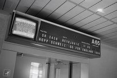 Anzeigetafel im Flughafen Zürich-Kloten