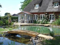 Swimming pond near Flensburg - Piscina Natural Swimming Ponds, Natural Pond, Swimming Pools Backyard, Ponds Backyard, Pool Girl, Paint Your House, Pond Fountains, Pond Landscaping, Pond Design