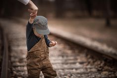 Walking the Tracks by Adrian Murray on 500px