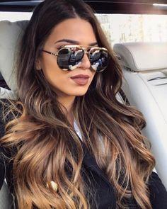 Dior Split, o eterno queridinho das fashionistas Modelo disponível em 8 cores na #EnvyOtica Acesse e confira: www.envyotica.com.br #Dior #diorsplit #óculos #sunnies #sunglass #sunglasses #eyewear