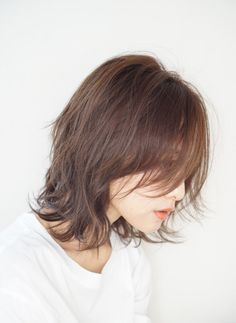 Messy Blonde Bob with Lowlights - 60 Best Short Bob Haircuts and Hairstyles for Women in 2019 - The Trending Hairstyle Short Bob Hairstyles, Hairstyles Haircuts, Weave Hairstyles, Stylish Hairstyles, Hair Inspo, Hair Inspiration, Medium Hair Styles, Long Hair Styles, Shot Hair Styles