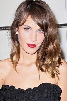 Trucos expertos para crear un look de fiesta para estas Navidades: como aplicar el eyeliner