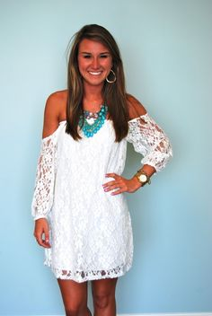 Like this dress!! ☮ re-pinned by http://www.wfpblogs.com/author/southfloridah2o/