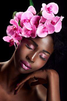 Nyawal by Rafal Wegiel on YouPic Beautiful Black Girl, Black Girl Art, Black Women Art, Art Girl, Floral Fascinators, Floral Headpiece, Creative Photoshoot Ideas, Photoshoot Inspiration, Moda Pop Art