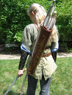 Legolas Costume from The Lord Of The Rings Legolas Costume, Hobbit Costume, Creative Writing Inspiration, Lotr Elves, Arrow, Elf Cosplay, Costume Patterns, Costume Ideas, Harvest Party