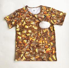 「リアルすぎるカレーTシャツ」「お弁当のバラン柄の帽子」「ぼんやり光るうどんネックレス」 奇妙だけどじわじわ欲しくなる商品ばかり販売しているお店ですっ - ツイナビ | ツイッター(Twitter)ガイド