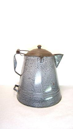 vintage graniteware coffee pot | Antique Graniteware Coffee Pot Large Chuck Wagon Gray Speckled Pot