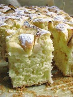 zufikowo: Puszyste ciasto z jabłkami Polish Desserts, Polish Recipes, Cookie Desserts, Apple Cake Recipes, Baking Recipes, Dessert Recipes, Delicious Desserts, Yummy Food, Kolaci I Torte