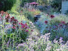 Edible Landscaping: Herb Garden | jardin d'herbes aromatiques, landscape design, cottage garden, cottage landscape, container
