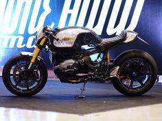 "BMW R nine T Cafe Racer ""Paranaoia"" Brmc Art #motorcycles #caferacer #motos   caferacerpasion.com"