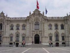 Los periodistas de Perú tendrán que vestir de manera formal para ingresar a Palacio de Gobierno. Así lo indicó la Presidencia de la República a través de una carta a todos los medios.