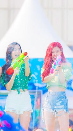 Guys black pink wishing u happy holi South Korean Girls, Korean Girl Groups, Blackpink Debut, Divas, Blackpink Photos, Jennie Lisa, Blackpink And Bts, Pretty Asian, Blackpink Jisoo