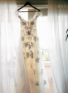 Women S Plus Size Bridal Ball Gown Vintage Lace Wedding Dresses for Bride with 3 4 Sleeves Outdoor Wedding Dress, Top Wedding Dresses, Wedding Dress Shopping, Perfect Wedding Dress, Bridal Dresses, Wedding Gowns, Wedding Dress Storage, Wedding Dress Preservation, Vintage Lace Weddings