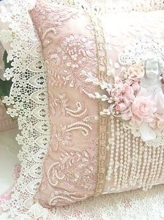 #Shabby #Chic creative ideas for your home - White lace and pale pink pillows...