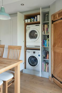 19 Most Beautiful Vintage Laundry Room Decor Ideas (eye-catching looks) Laundry Cupboard, Outdoor Kitchen Appliances, Family Room Design, Open Plan Kitchen Living Room, Small Open Plan Kitchens, Utility Cupboard, Cupboard Design, Washing Machine And Dryer, Vintage Laundry Room