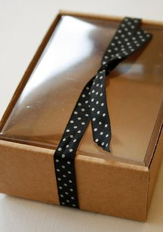 Pk Cardboard 4 X 4 X 1-3//4 Teal//Chocolate Cookie Window Box 25 Each by Paper Mart Bakery Boxes