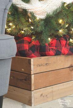 Red and black buffalo check Christmas tree skirt blanket Vintage, rustic, cozy Christmas decor #JMholidaystyle #holidayhousewalk2015