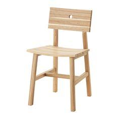 SKOGSTA Stoel IKEA Massief hout is een slijtvast natuurmateriaal dat indien nodig geschuurd en afgewerkt kan worden.
