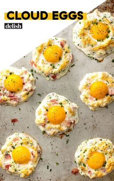Cloud Eggs - Healthy Food Delivery - Ideas of Healthy Food Delivery - Cloud Eggs = Low-Carb Breakfast Of Our DreamsDelish Sweet Potato Breakfast, Low Carb Breakfast, Breakfast Recipes With Eggs, Breakfast Ideas, Breakfast Hash, Breakfast Cookies, Breakfast Casserole, Low Carb Recipes, Breakfast