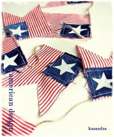 red stripe with denim and star patch. Patriotic Crafts, Patriotic Party, July Crafts, Summer Crafts, Holiday Crafts, Holiday Fun, Holiday Ideas, Christmas Diy, Fourth Of July Decor