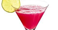 En klassiker i drinkglaset. Receptet kommer från Bonniers kokbok. Cosmopolitan Drink, Tequila, Vodka, Non Alcoholic Wine, Alcohol Content, Bar Menu, Drinks Alcohol Recipes, Getting Drunk, Cafe Bar