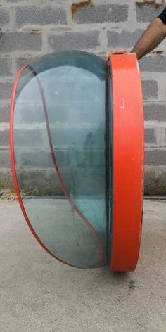 Online veilinghuis Catawiki: Old wall mounted porthole shaped public phone booth in metal and Plexiglas - 1970s - Italy