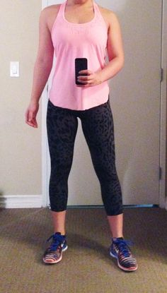f72095d7a469 195 Best Workout Outfits - Bright   Colorful images