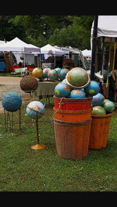 Brimfield Flea Market, Brimfield Antique Show, Flea Markets, Antique Market, Antique Shops, Vintage Market, Vintage Globe, Vintage Decor, Flea Market Style