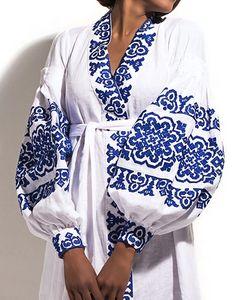 Ukrainian designer Yuliya Magdych combines ukrainian traditions and modernity. Ethno Style, Bohemian Style, Boho Chic, Folk Fashion, Ethnic Fashion, Womens Fashion, Ukrainian Dress, V Instagram, Embroidered Clothes