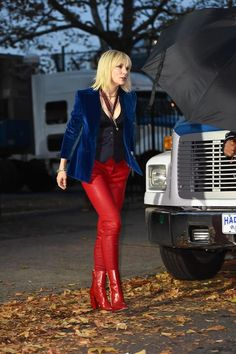 Cate Blanchett is seen on the set of Ocean's Eight Cate Blanchett, Fashion Tv, Fashion Models, Fashion Outfits, Fasion, Oceans 8, Looks Style, Mode Style, Dandy