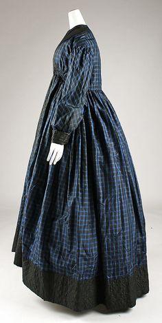 1845-1855 Maternity Robe, via The Met.